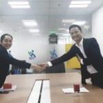 Vạn Luật ký kết hợp đồng triển khai dịch vụ cho Chí Giai